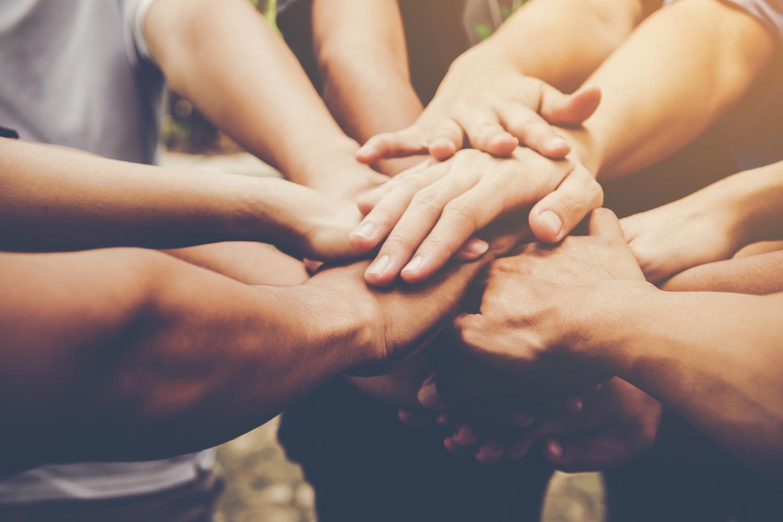 Há décadas Eniac abraça a tendência atual de adotar causas sociais